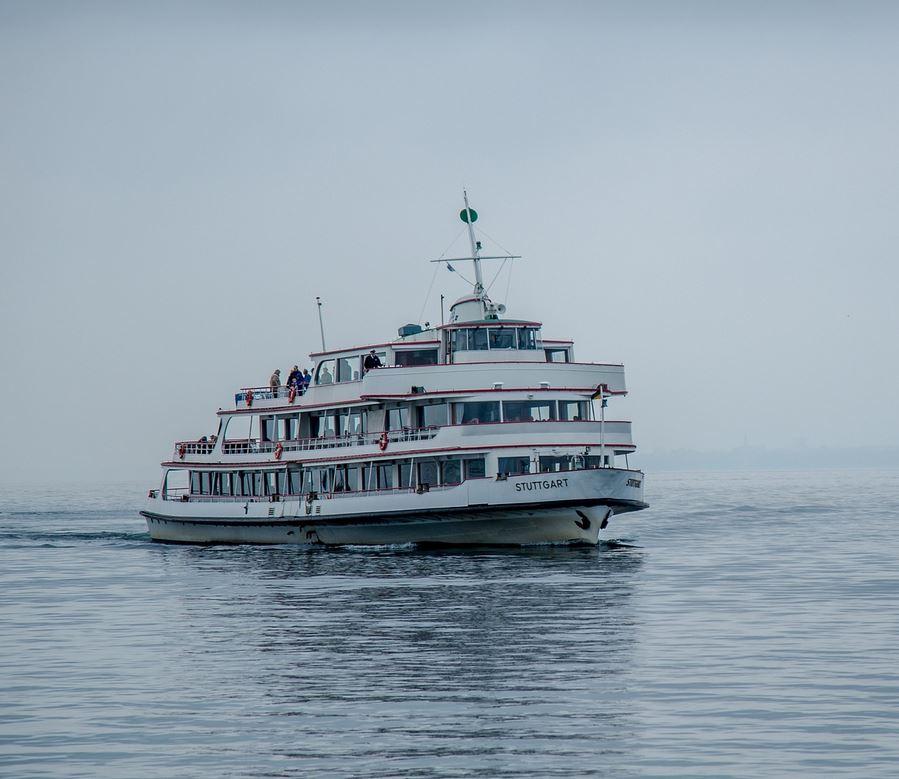MS Stuttgart (ab/an Hafen Konstanz)